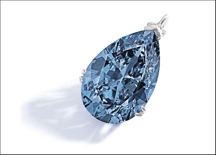 Diamante Fancy Vivid Blue, di 9.74 carati, potenzialmente internamente perfetto (IF) e VVS2 chiarezza. Stima: 10-15 milioni di dollari