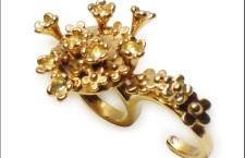 Adorable, anello in vendita su Artistar. Prezzo: 230 euro
