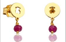 Collezione Confeti di Tous: orecchini in oro giallo e rubini