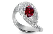 Giorgio Visconti, anello Passione Visconti in oro bianco, diamanti e rubino centrale
