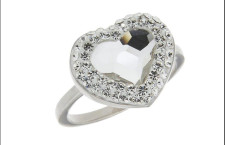 Jaipur, anello in argento 925, pietra Swarovski crystal taglio cuore con pietre crystal su resina.