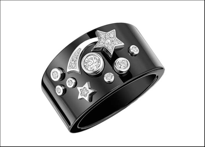 Cosmique, anello in oro bianco 18 carati, ceramica nera e diamanti taglio brillante. Modello grande