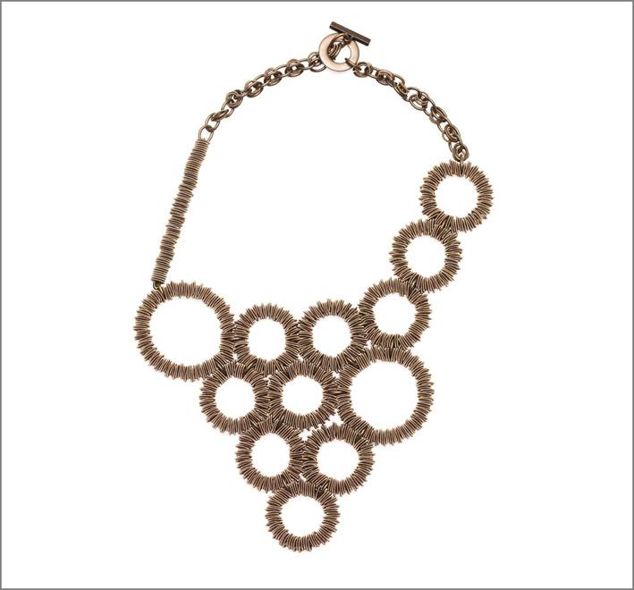 Collana in acciaio brunito con labradorite, catena di rame, chiusura in ottone e acciaio con marchio inciso