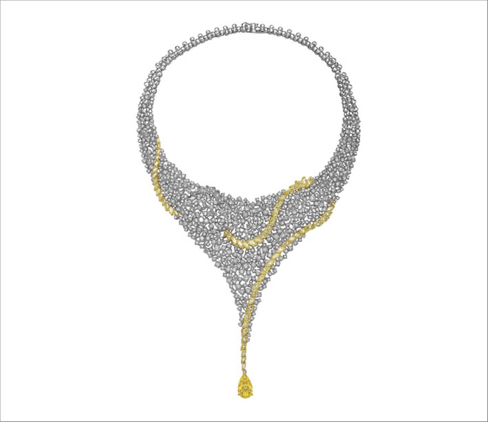 Collana con 50 carati di diamanti bianchi e 6 carati di diamanti fancy yellow