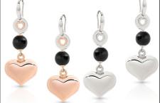 Amorissima, orecchini lunghi in argento con pendente a forma di cuore, disponibile anche con galvanica oro rosa 22 carati. Prezzo: 81 euro
