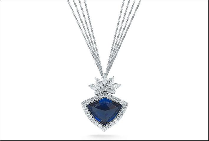 La collana con diamanti e tanzanite di Takat