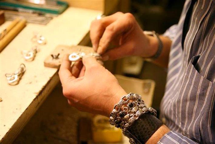 Lavorazione di un gioiello