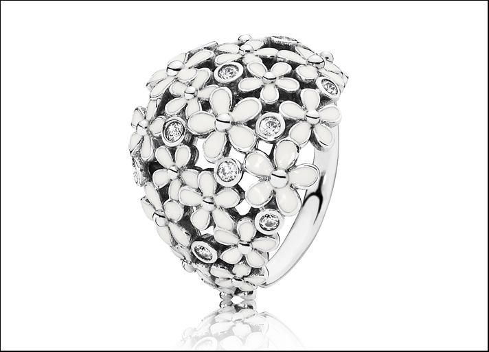 Bouquet di margherite, anello in argento Sterling, smalto bianco e cubic zirconia