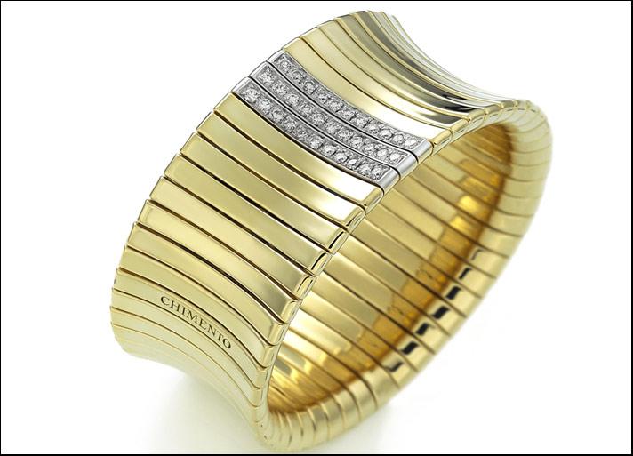 Collezione Supreme bracciale in oro giallo con tre file di diamanti