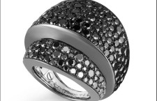 De Grisogono, anello collezione Tubetto con diamanti neri