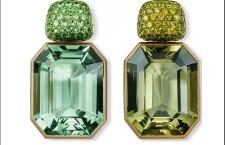Orecchini in oro bianco e ottone con tsavorite, berillo e demantoide, ossia il raro granato verde