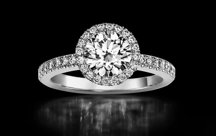 Anello con diamanti di De Beers
