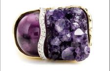 Anello della collezione Petra con ametista e diamanti