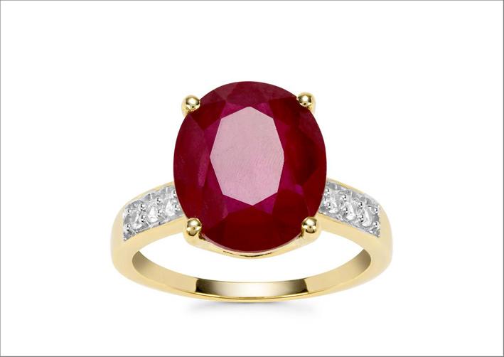 Anello in oro 9 carati con rubino