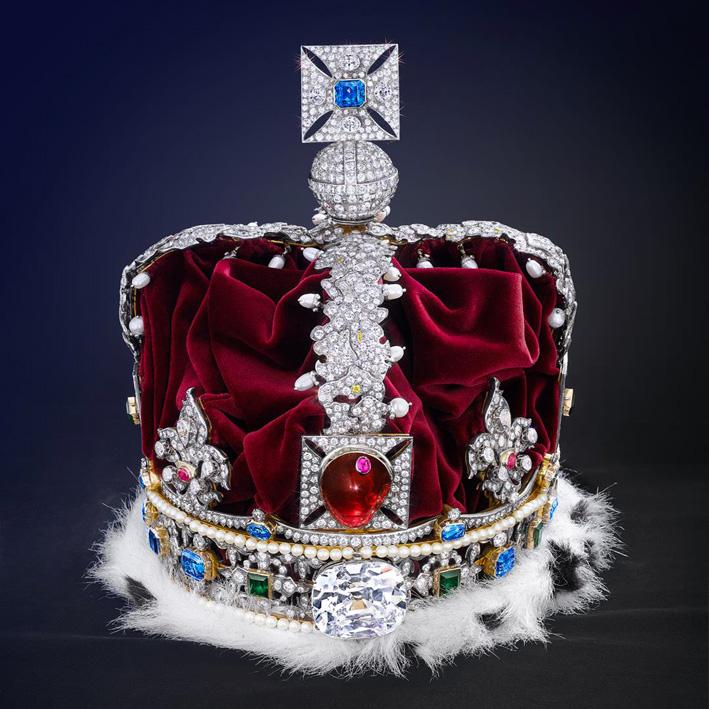 Riproduzione della corona reale britannica, esposta nella sede di Asscher, con il grande diamante Cullinam