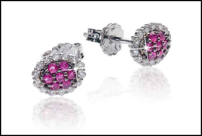 Orecchini con diamanti e rubini. Prezzo: 649 euro