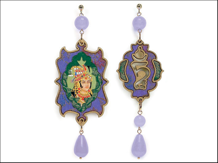 La collezione di orecchini dedicata all'India