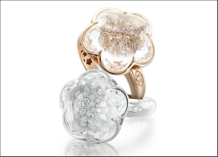 Bon Ton, anelli con cristallo di rocca e diamanti champagne su oro rosa e diamanti incolore su oro bianco