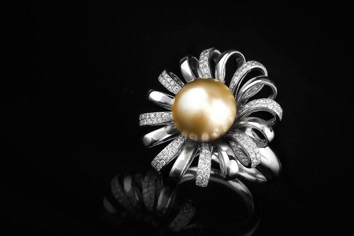 Roxalana, anello a forma di fiore
