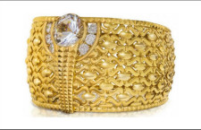 L'anello Najmat Taiba: pesa quasi 64 chilogrammi