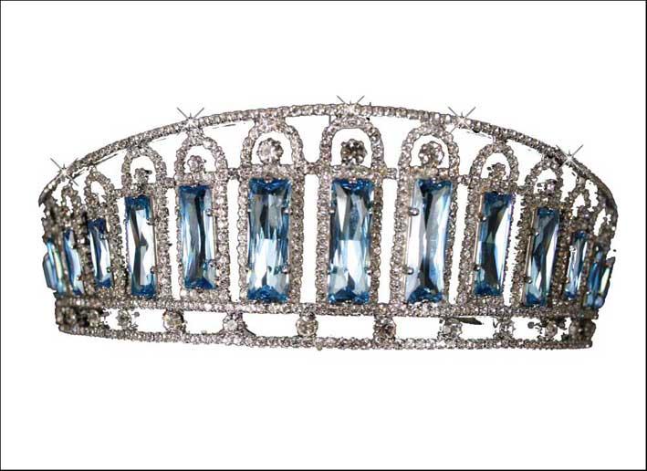 Tiara appartenuta alla principessa Alexandra di Russia (riproduzione)