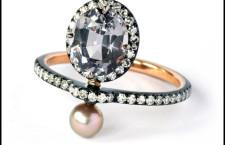 Nadia Morgenthaler, anello  com spinello, perla e diamanti