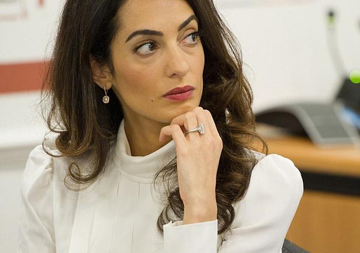 El anillo Amal Clooney en su punto de mira