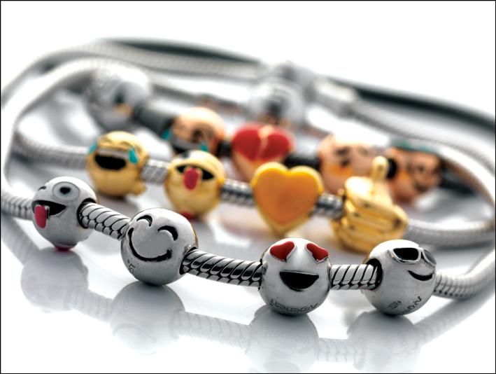 I braccialiin argento 925 con i charms Emoticons