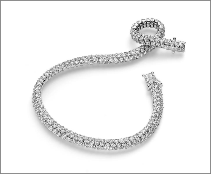 Bracciale flessibile in oro bianco e diamanti
