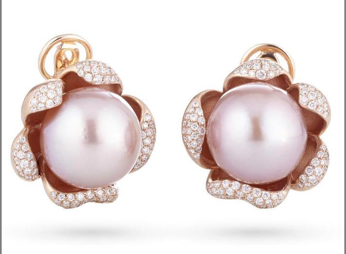 Orecchini in oro rosa, diamanti e perle rosa
