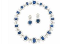 Suite di collana e orecchini di zaffiri e diamanti firmata Bulgari