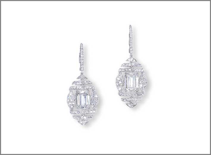 Orecchini con diamanti di Manuel Bouvier