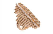 Anello della collezione Geometrie, in oro rosa e diamanti