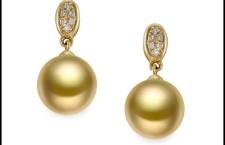 Mayumi, orecchini in oro giallo 750‰, diamanti ct. 0,06, perle australiane gold 10-11 mm