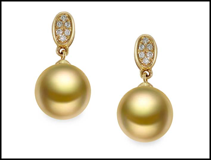 Mayumi, orecchini in oro giallo 750‰, diamanti ct. 0,06, perle australiane gold 10-11 mm