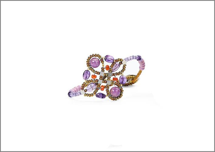 Anello in viola della collezione Summer 2018