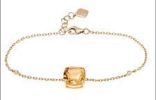 Bracciale in oro, diamanti e citrino. Prezzo: 429 euro
