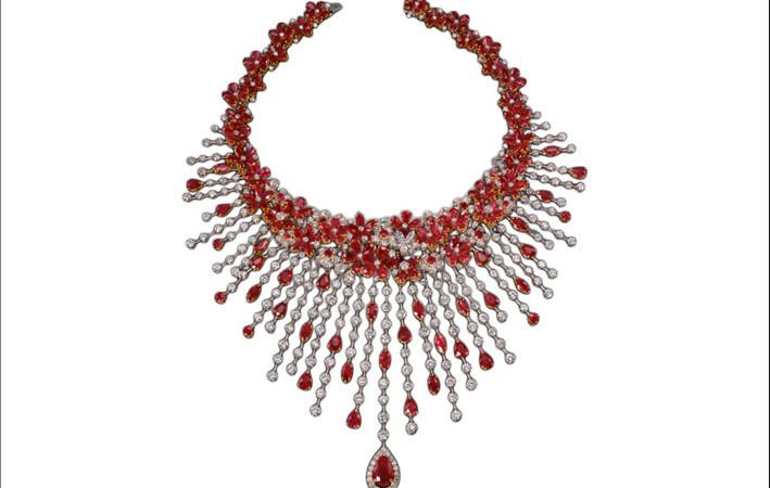 Collier di diamanti e rubini