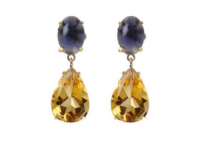 Riproduzione degli orecchini realizzati 20 anni fa da Rajola per Liz Taylor: citrino con dettagli in iolite viola-blu, in oro giallo 18 carati