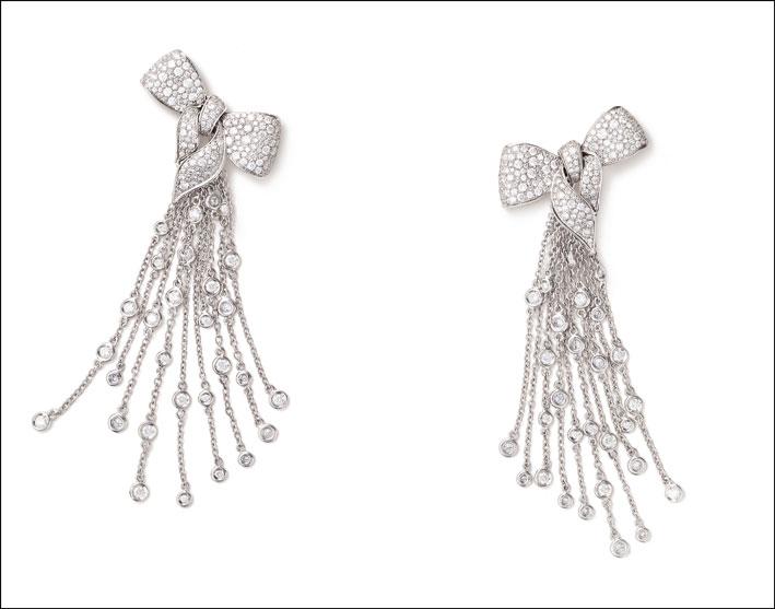 Orecchini della collezione Fiocco