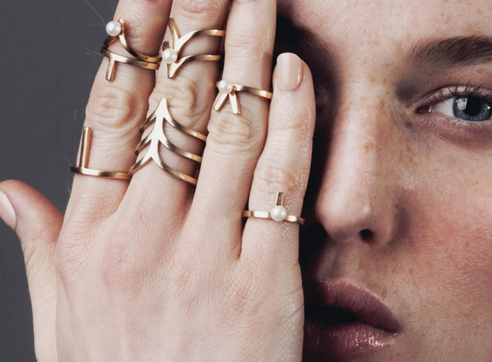 How to choose rings at the tip of your fingers