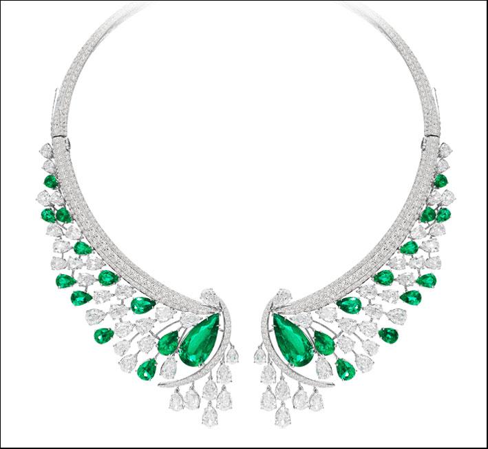 Sutra, Columbian emerald collection, collana in oro bianco con smeraldi a goccia per 19 carati e diamanti taglio a goccia e ovale per 51 carati . Prezzo: 1 milione di dollari