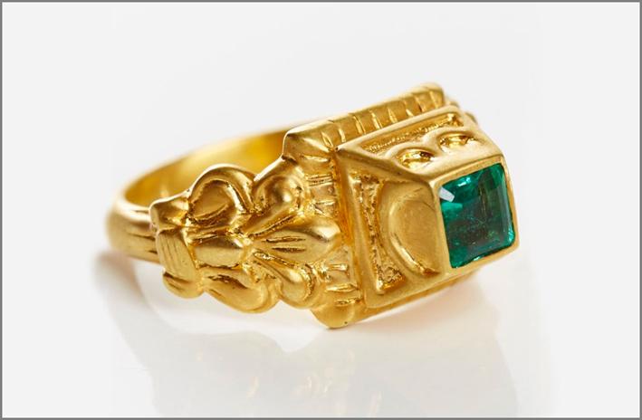 Anello in oro e smeraldo