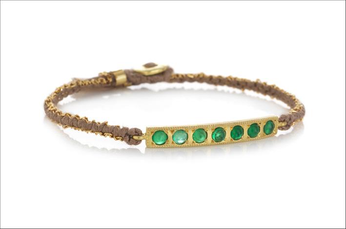 Bracciale Bar con oro, seta e smeraldi