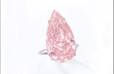 The Unique Pink: diamante di 15,38 carati taglio a pera. Stima: 28-38 milioni di dollari