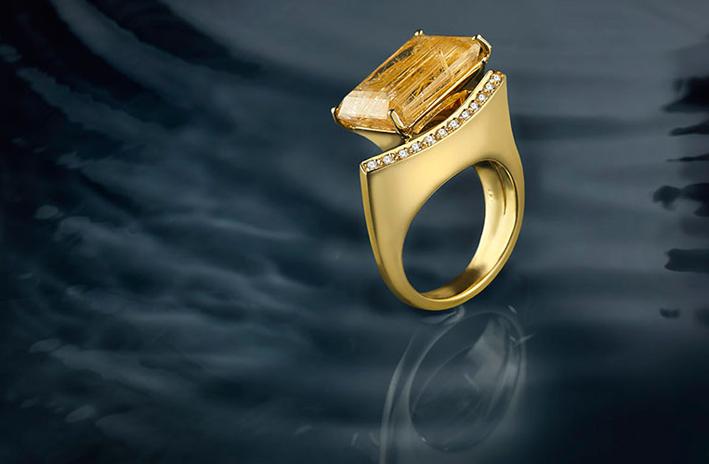 Anello in oro, diamanti e citrino