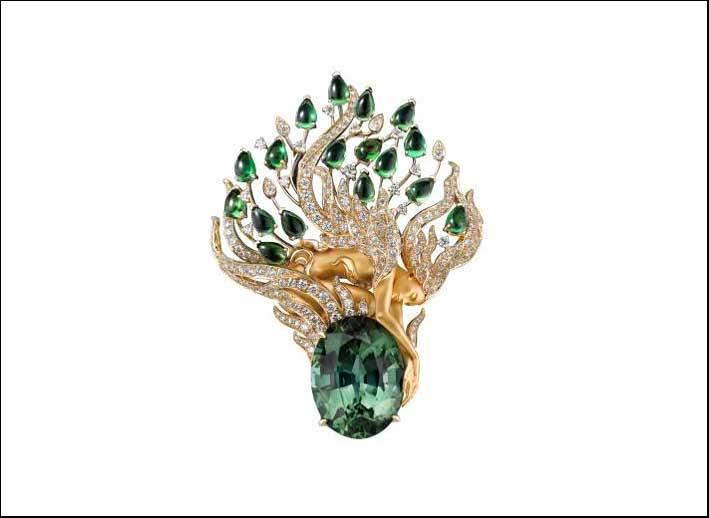 Spilla in oro con smeraldo e diamanti