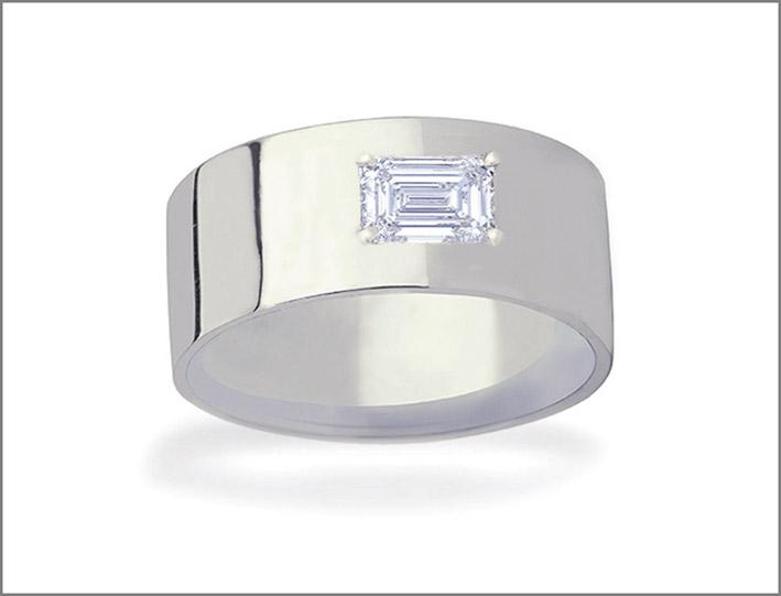 Anello Ames, oro bianco e diamante taglio smeraldo