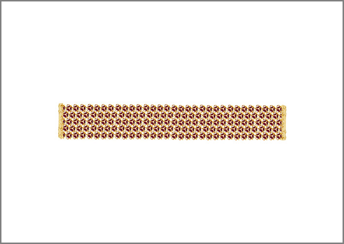 Bracciale a cinque fili in oro e rubini. Prezzo: 18000 euro