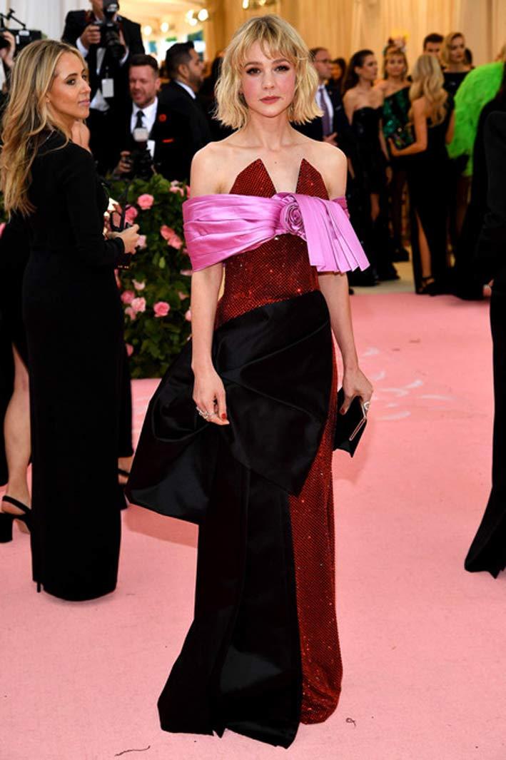 Carey Mulligan con gioielli di Ana Khoury al Met Gala 2019